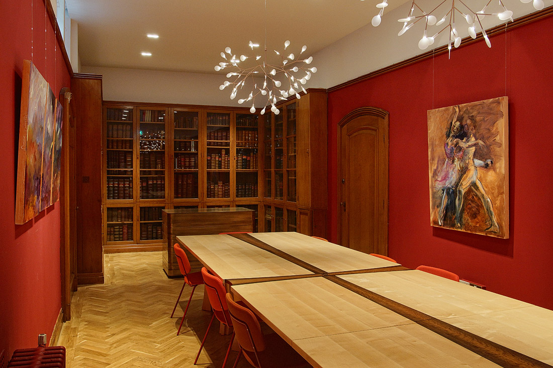 Library meeting room for hire at City of London event venue The Dutch Hall